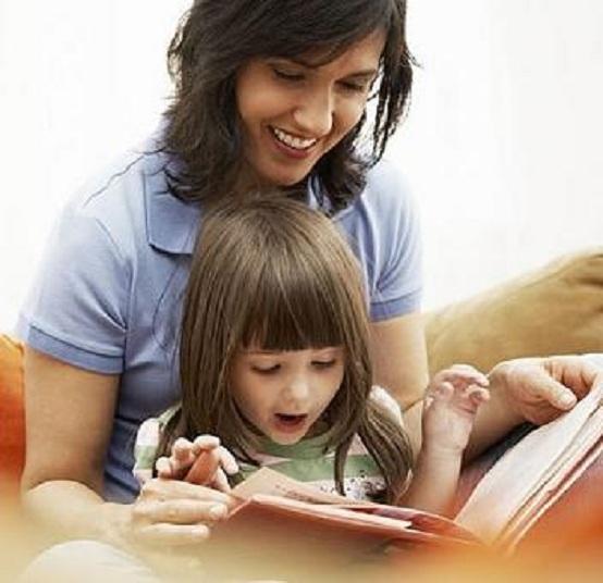 lettura-genitori-bambini